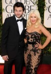 christina-aguilera-2011-golden-globes-red-carpet-01162011-24-430x617